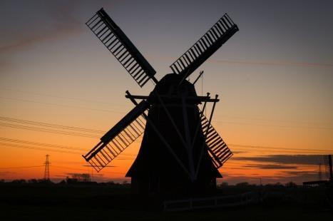 windmill-384622_1920
